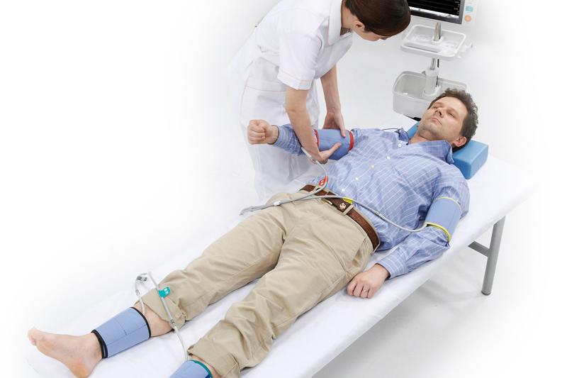 血管機能検査(CAVI検査)